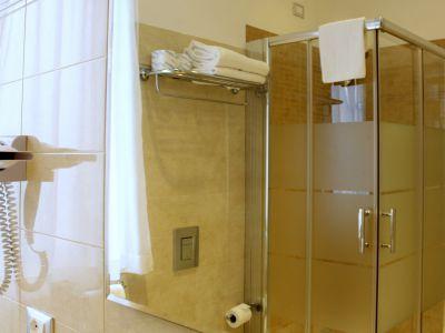 oc-hotel-villa-adriana-rooms-009