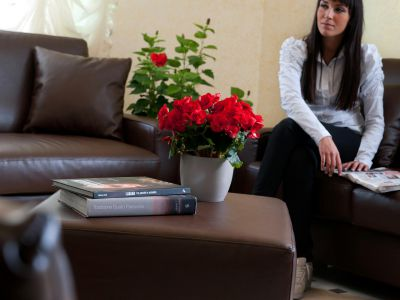 oc-hotel-villa-adriana-common-areas-003