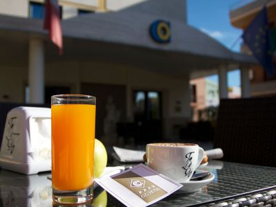 oc-hotel-villa-adriana-external-006
