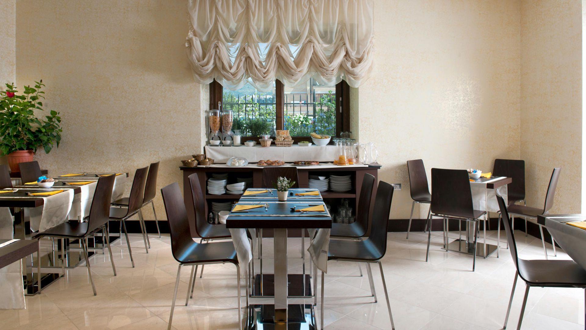 oc-hotel-villa-adriana-aree-comuni-004