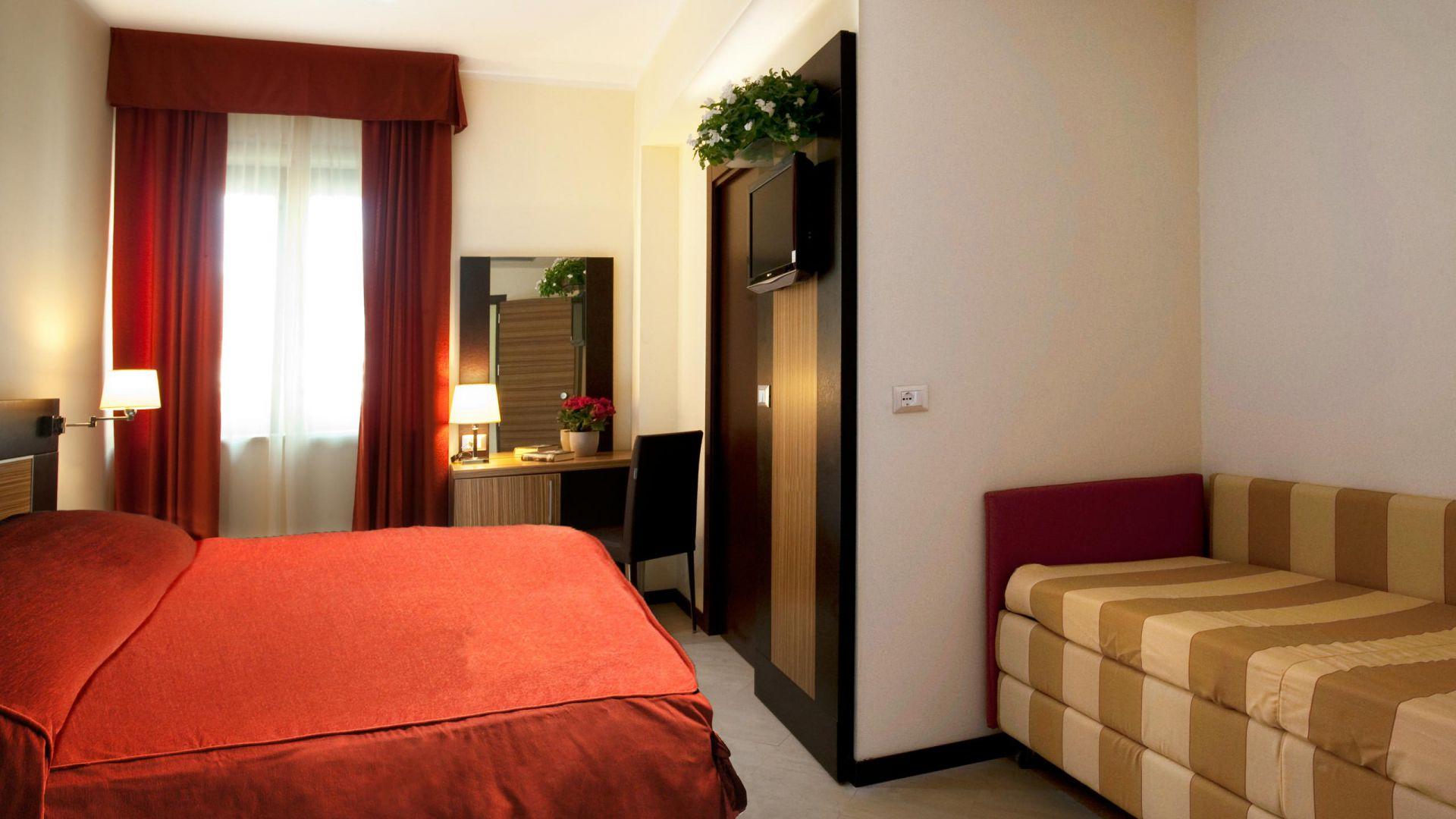 oc-hotel-villa-adriana-camere-011